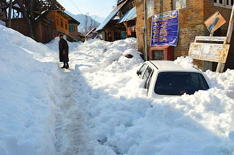 Kashmir-Snow-Fall.jpg