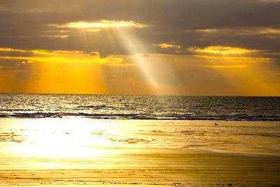 sun-light-beam.jpg