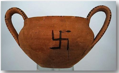 2-Swastika-on-Minoan-Pottery-Crete.jpg