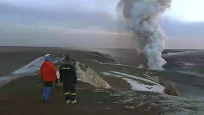 800_iceland_volcanic_ash_ap_110526.jpg