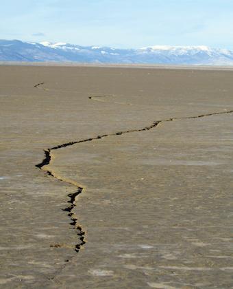 Alkali-Lake-cracks.jpg