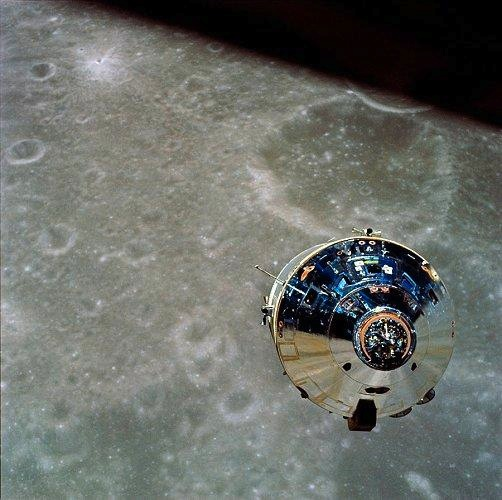 Apollo_10_command_module.jpg