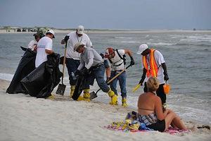 Gulf-spill-cleanup.jpg