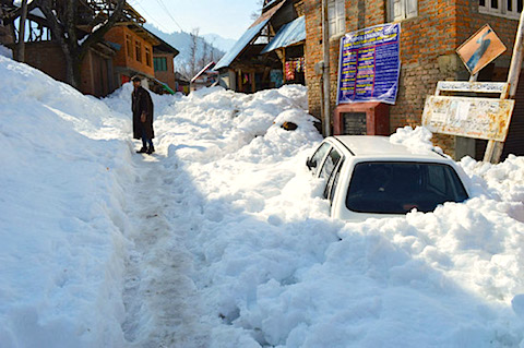 Kashmir-Snow-Fall.jpg