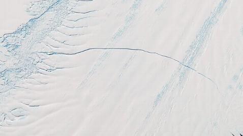 abc-antarctic_crack.jpg