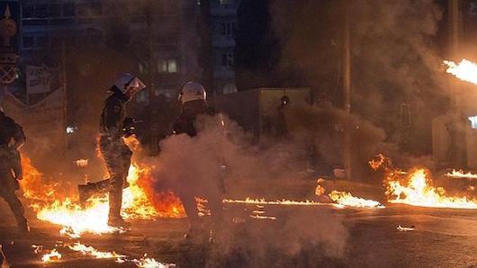 greek-last-riot2.jpg