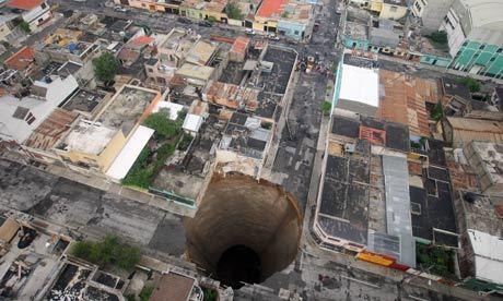 guatemala-sinkhole-007.jpg