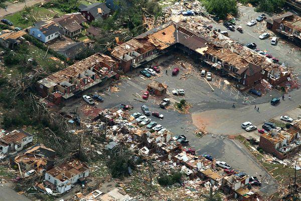 why-alabama-tornado-april-2011_35155_600x450.jpg